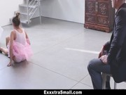 imagen Bailarina se folla a su entrenador