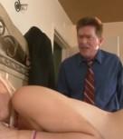imagen Hija seduce a su padre y follan juntos