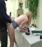 imagen Papa follando con su hija en la oficina