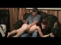 imagen Padre castiga a su hija con una buena follada
