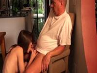 imagen Padre seducido por su hija