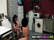 imagen Milf follando con su hijo en la cocina