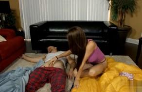 imagen Follando con papá mientras duerme