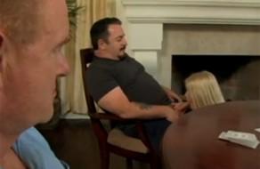 imagen Chupada de polla a su tio y a su padre