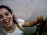 imagen Porno argentino: follada en los baños públicos