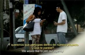 imagen Mexicana pillada en la calle por dinero