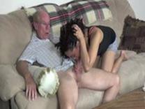 imagen Sexo entre Abuelo y nieta, un amor prohibido