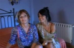 imagen Familia porno en español, madre e hija en un trío