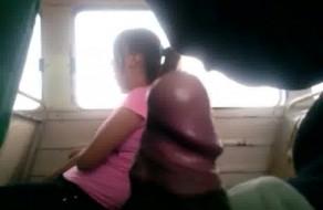 imagen Haciéndome la paja en el microbus