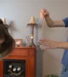 imagen Hipnotiza a su hermana para follarla sin que se de cuenta
