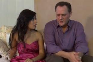 Padre folla a la novia hija