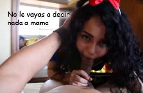 imagen Hija mexicana se disculpa con su papi follándole