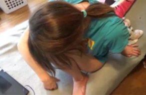 imagen Hermanita muy joven chantajeada y follada por su hermano