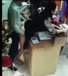 imagen Empleada violada por su jefe en la tienda