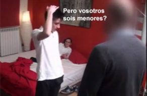 imagen Jovencitos españoles hacen un trío con el casero