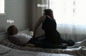 imagen Madre viuda se folla a su hijo, Incesto real