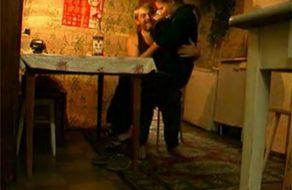 imagen Alcohólico viola a su propia hija