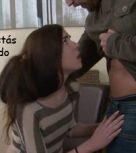 imagen Padre se enfada con su hija y la obliga a comerle la polla