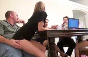 imagen Incesto padre hija, ¡en una reunion familiar!