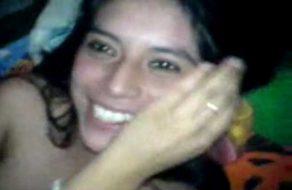 imagen Linda mexicana cogida y grabada por varios amigos
