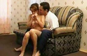 imagen Padre graba video porno follando con su hija