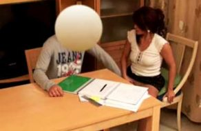 imagen Profesora particular se folla a su alumno