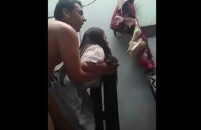 imagen Follando con la hija de sus vecinos después del cole