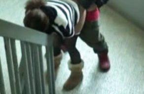imagen Sexo con la vecina en la escalera del edificio