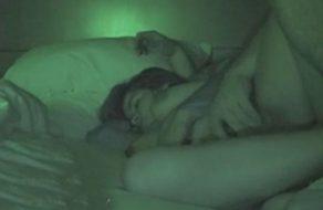 imagen Cogiendo a su hermana dormida ¿¡o se lo hace?!