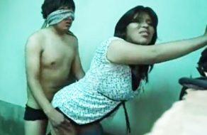 imagen Tia pervertida inicia en el sexo a su joven sobrino