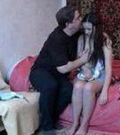imagen Padre desvirga a su hijita con mucho amor