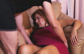 imagen Sobrinos follan a su tía borracha por turnos