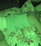 imagen Descubre a su hermana durmiendo, la folla y se corre dentro