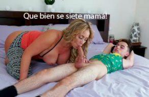imagen Madre se aprovecha de su hijo inocente