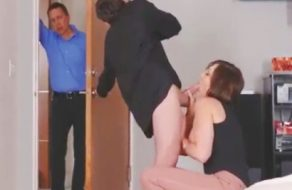 imagen Madre comepollas engaña al marido con su propio hijo
