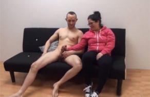 imagen Mujer de la limpieza española es infiel a su novio por 200€