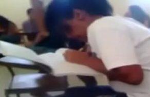 imagen Colegiala aprueba los exámenes cogiendo con su profesor