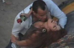imagen Polvazo en la calle durante el día de los enamorados