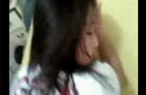 imagen Pendeja grita dolorida porque la verga del novio es muy grande