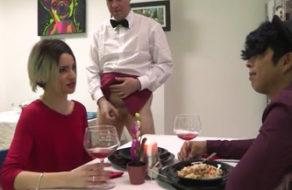 imagen Desconocidos cenan y follan en el restaurante porno de FaKings