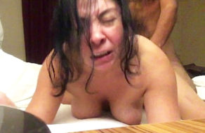 imagen Mujer cincuentona lo goza cuando su amante le rompe el culo