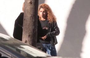 imagen Jovencita de 18 años pillada en la calle graba porno (español)
