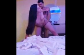 imagen Siendo infiel a su marido en un motel de carretera