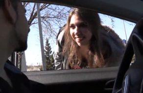 imagen Zorrita española hace auto stop y se folla al conductor